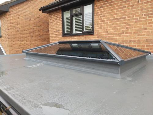 Contemporary Stratus Lantern Roof 3