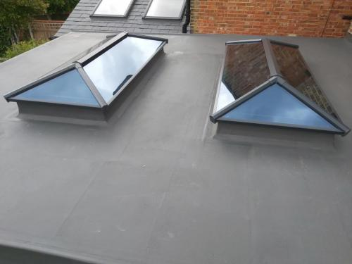 Contemporary Stratus Lantern Roof 4