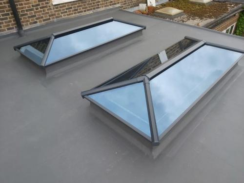 Contemporary Stratus Lantern Roof 5
